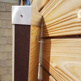 Gîte Chauve souris sur façade bois